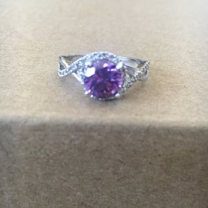 NWOT Women Silver Diamond & Purple Gem Inlaid Ring
